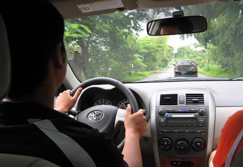 Hướng dẫn kỹ thuật lái xe ô tô số sàn